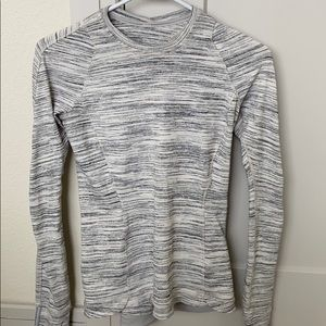 lululemon rulu restless pullover size 4